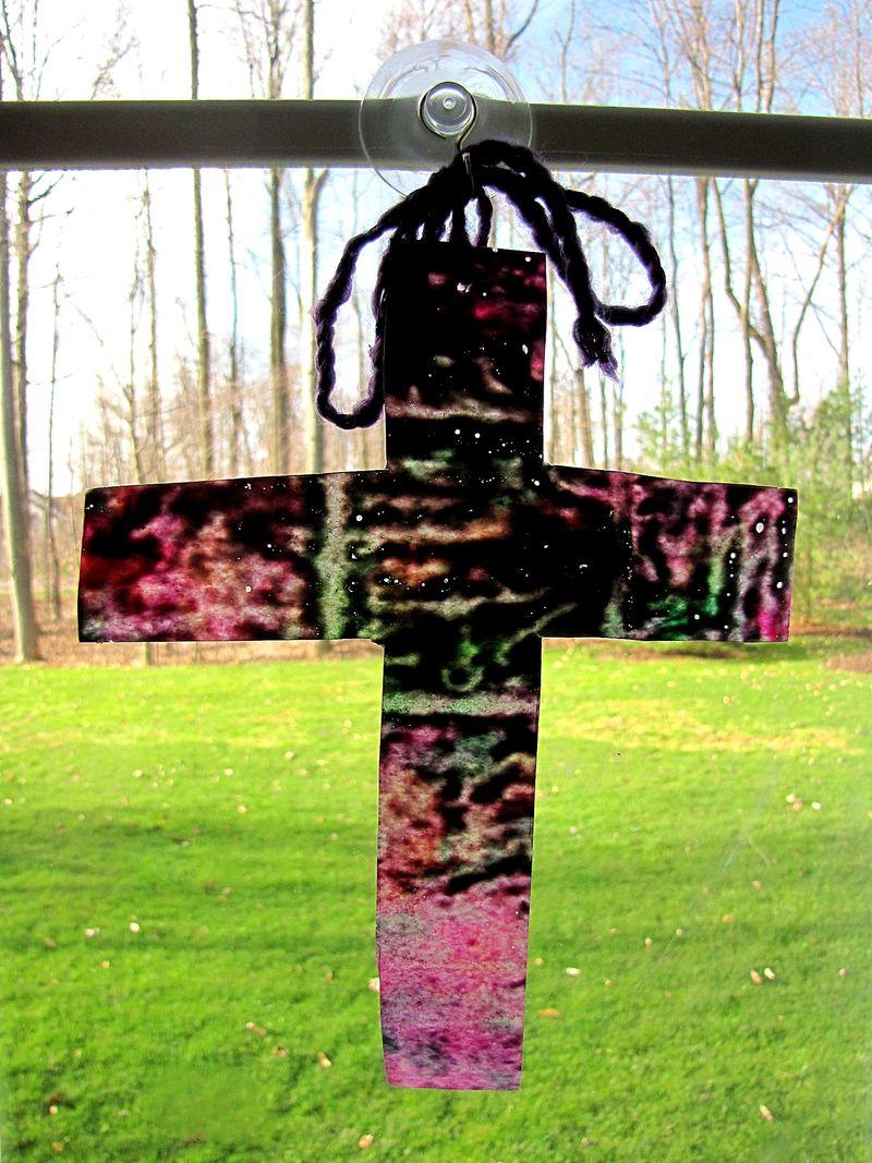Crayon cross