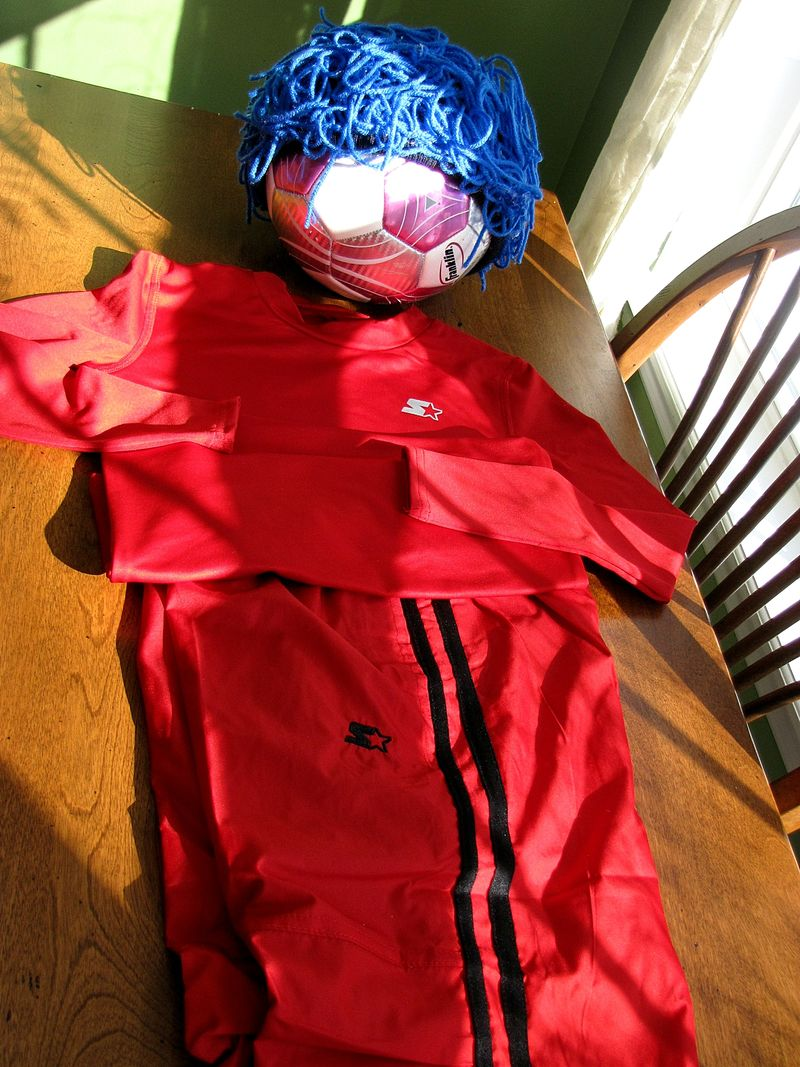 Thing2soccer head