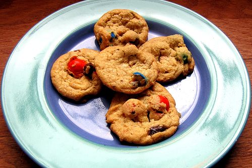 Pretzel m&m baked cookie