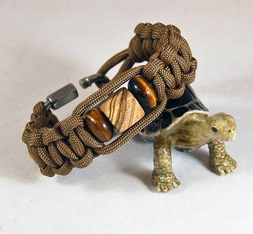 Father's Day Paracord survival bracelet