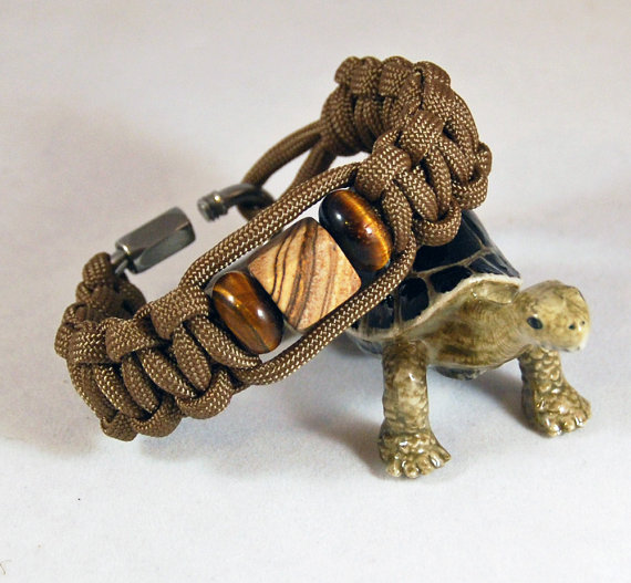 Father's Day Paracord survival bracelet