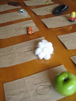 Blog Love Wednesday 6 paper bag touch and feel guessing game for scout meetings