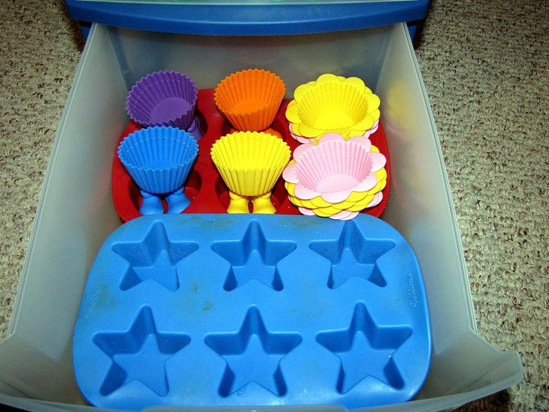 Food craft muffin tin organized