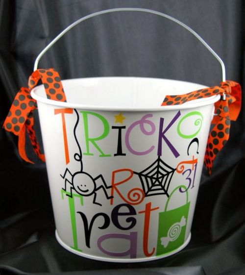 Trick or treat bucket from paiges pastime