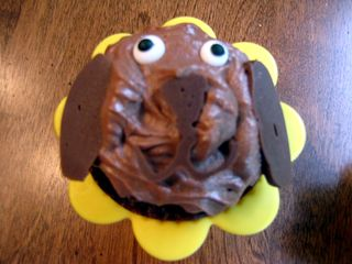 Dog days of summer puppy cupcake