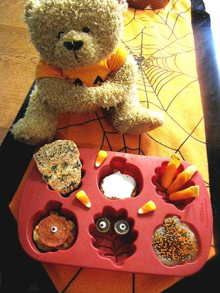 Halloween muffin tin lunch 2
